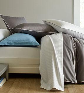Les parures de lit en satin de coton