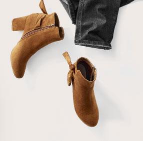Boots a talon et noeud