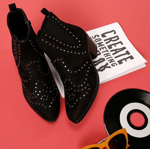 Chaussures cloutées : la tendance mode à suivre…