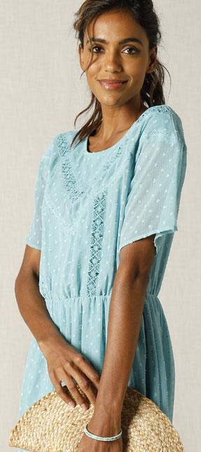 Robe d'été bleu en voile plumetis - Blancheporte