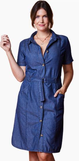 Robe chemisier bleue boutonnée en jean