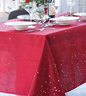 Nappe de table Noël anti-tâche rouge - Blancheporte