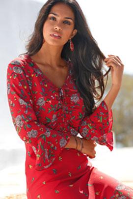 Robe rouge mi-longue imprimée volantée manches longues col V pas cher - Blancheporte