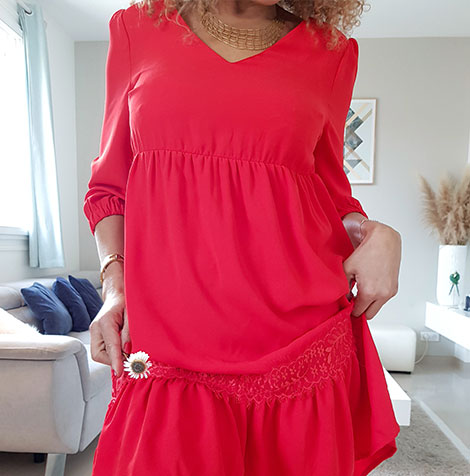 Robe rouge courte à volants dos lacé unie manches longues - pas cher - Blancheporte