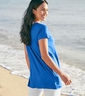 Tunique bleue imprimée graphique col V manches courtes pas cher - Blancheporte