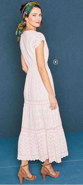 Robe longue rose clair en dentelle et macramé manches courtes col V Lora Zellini® pas cher - Blancheporte