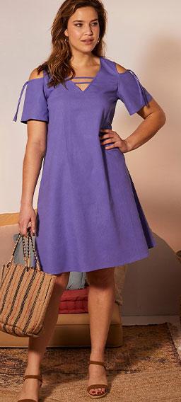 Robe courte violette lin-coton épaules dénudées manches courtes col V grande taille Isabella® pas cher - Blancheporte