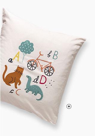 Parure linge de lit enfant rose clair motifs alphabet coton Oeko-Tex® Colombine des Petits® pas cher - Blancheporte